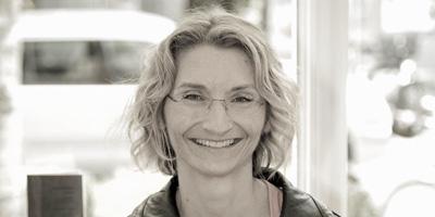 Dr Monica Chiperi, Wurzelbehandlungsspezialistin